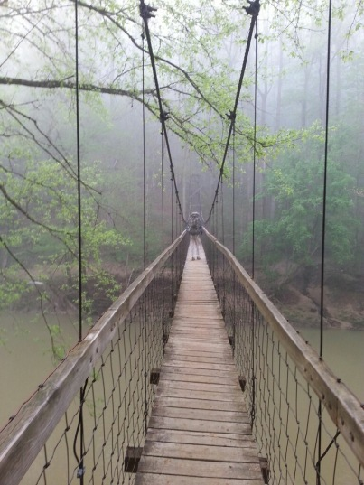 Sheltowee_Trace_Red_River_Suspension_Bridge